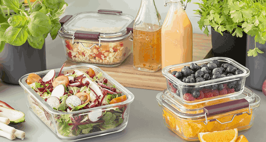 Пластик или стекло: в чем лучше хранить продукты?